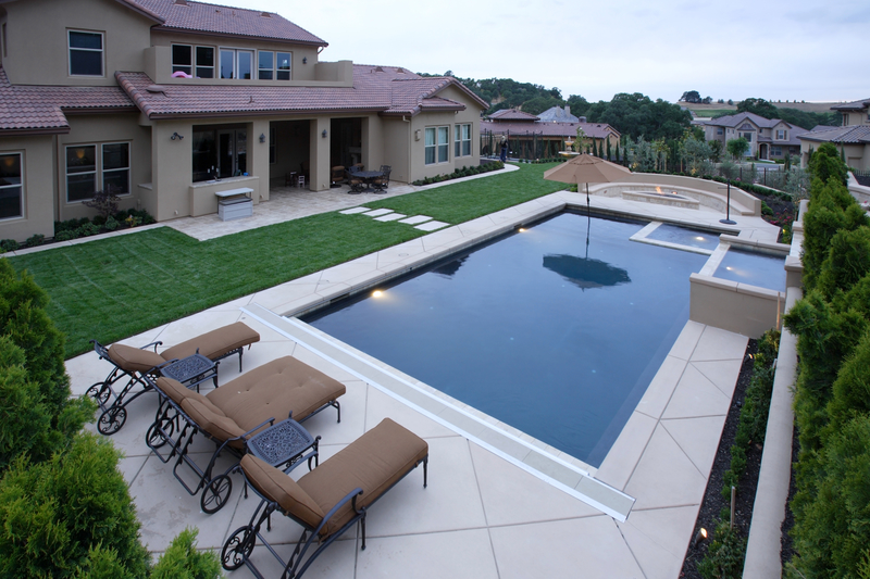 How to Get Ready to Install a Pool in Your Backyard